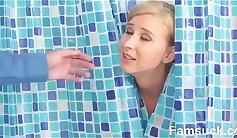 Amateur Milf gets Her First Shower
