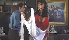 Brutal and extreme sex with Oriental hottie