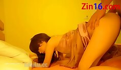 Amateur korean with huge clit cleans and small clumpus