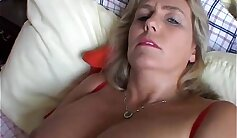 Chubby mature amateur sucks and fucks on her couch