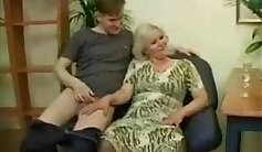 BBC pumped into the hole of skinny mature mom