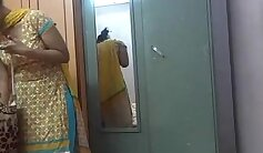 Amateur Indian Babe Only Wants A Shower