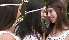 Cam: Lesbian Babe March & Joshadebb in Slow Motion
