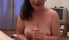 British BBW feels the temperature while sucking cock
