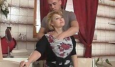 Bubble butt wife mama dana gets fucked