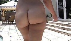 Barbie Bangs with A Tall, Thick, Fat Ass