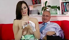 Older guy younger girl loves to suck and fuck